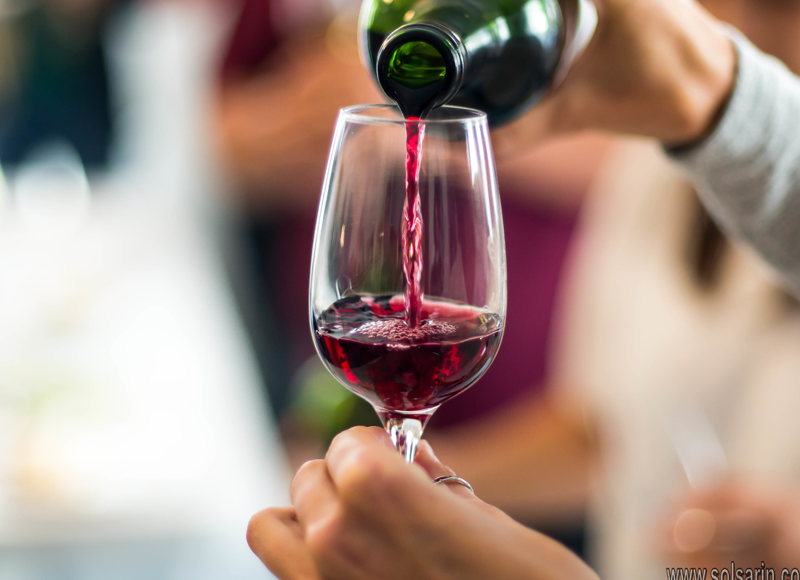 should red wine be served cold or room temperature