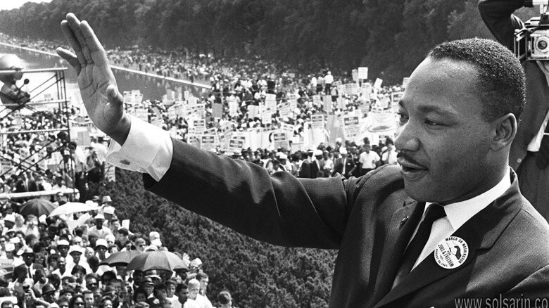 how old was martin luther king when he died